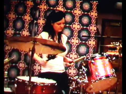 The White Stripes - The Denial Twist. KCRW