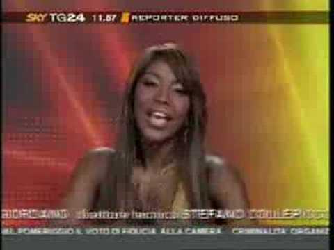 Ainett Stephens la Gatta Nera, saluta i lettori di Sky TG24 Reporter Diffuso