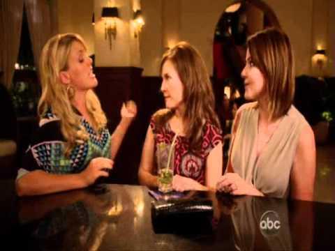 Cougar Town: Laurie & Ellie defending Jules