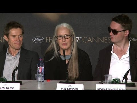 "Comment s'habiller: ""le grand problème"" de Jane Campion à Cannes"