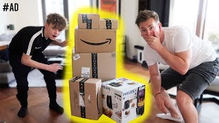 WE GOT SENT THESE GIFTS FROM AMAZON!