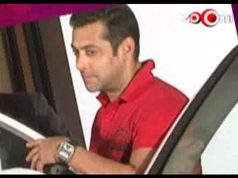 Bolly Dose - Top 6 Bollywood stars & their cars