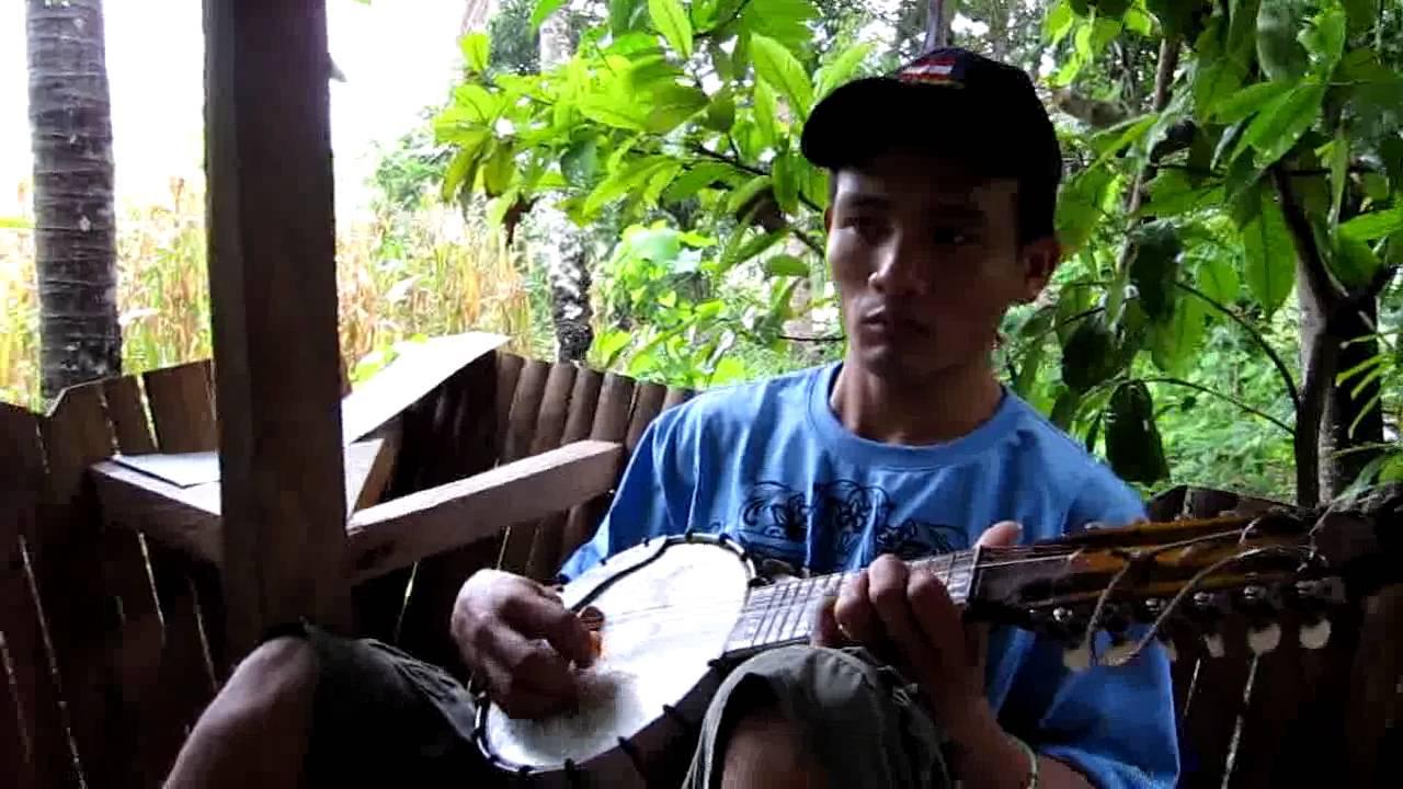 the cebu rondalla Sibonga, cebu jump to navigation jump to search  the accompaniment music is a rondalla – a ensemble (guitar, bandurria, and banjo), played with the plectrum.