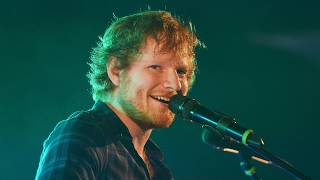 Download Lagu Ed Sheeran Best of - When live performances get close to the pinnacle of perfection Gratis STAFABAND