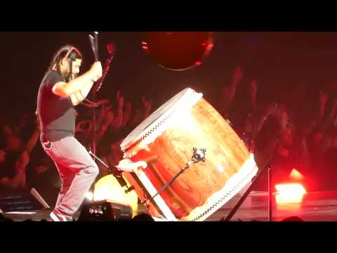 """Now That We're Dead (Band on Group Drums)"" Metallica@Coliseum Uniondale, NY 5/17/17 #1"