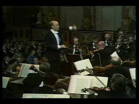 """Erich Leinsdorf conducts Johann Strauss's """"Emperor Waltz"""" (Kaiserwalzer)"""