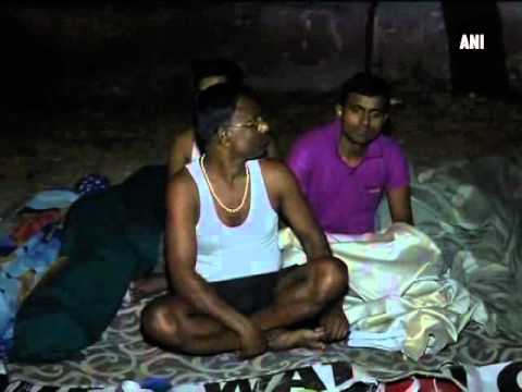Delhi slum dwellers forced to sleep under open sky amid metro work