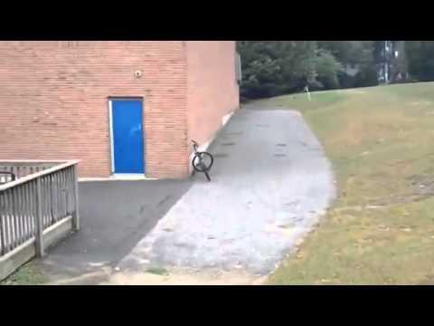 Bicicletas - Bicicleta que se aparca sola