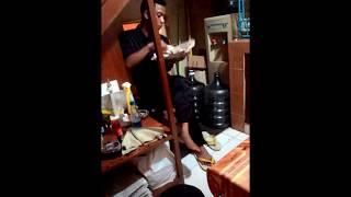 Mesum Pegawai officeboy di pantry