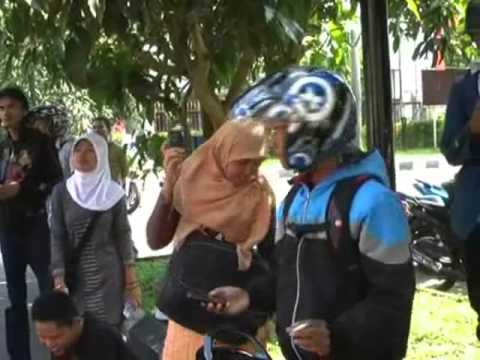 Tari Telanjang Mahasiswa.wmv video