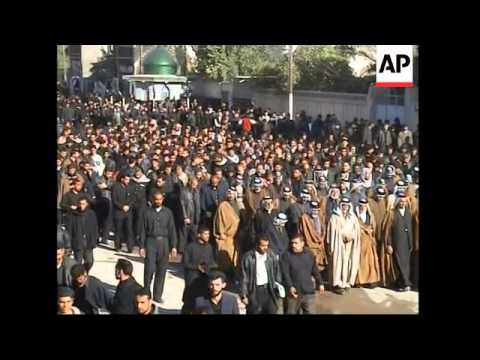 10-thousand members of Mahdi Army demonstrate in show of force
