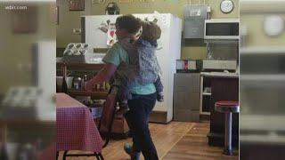 Photo of Loudon County 'Supermom' goes viral