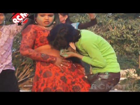Hd गरम चोली Holi में रंगबाईबा कईसे    Bhojpuri Hot Holi Songs 2015 New    Akhilesh Lal Yadav video