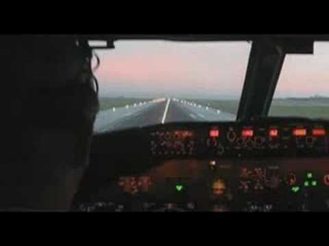 Ryanair, a great low cost carrier from Irerland. I made this video for all the ryanair lovers, as me! Hope you like it!