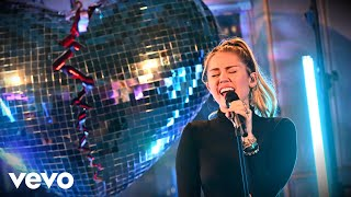 Baixar Mark Ronson, Miley Cyrus - No Tears Left To Cry (Ariana Grande cover) in the Live Lounge
