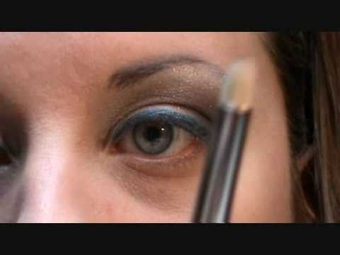 Trucco facile ma chic per occhi marroni.Eyeko in Action.wmv