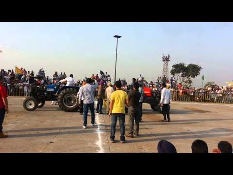 Tractor Tochan In Punjab Swaraj 855 Vs Ace video