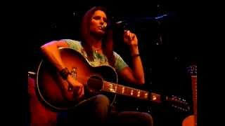 Terri Clark - Three Mississippi