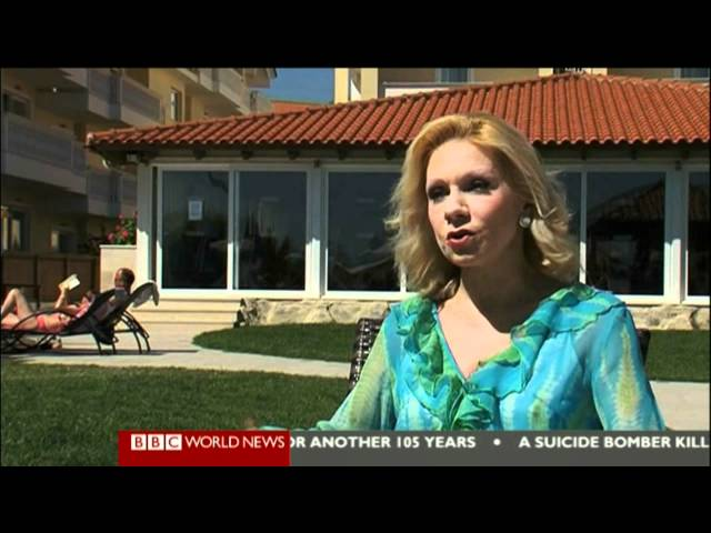 BBC News: Greek tourism numbers fall in new blow to economy