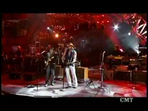 Merle Haggard&Toby Keith - The Fightin Side Of Me