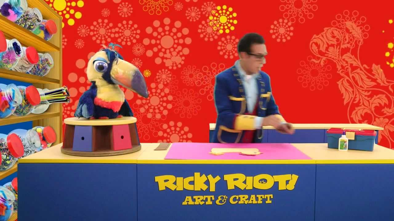 Create an easter bonnet with ricky riot 39 s easter crafts for Watch create and craft tv online