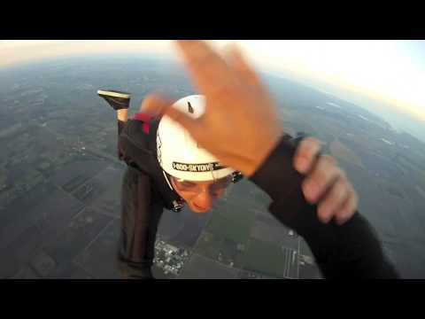 A License check dive sunset jump skydive spaceland