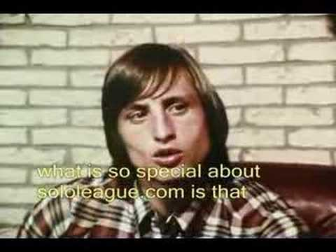johan cruijff on solo subbuteo