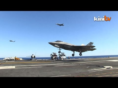 F35 fighter jet completes first carrier landing