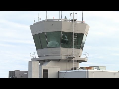 Closure of air traffic control towers delayed