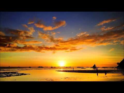 Axero - One More Step (feat. Alex Hackett)