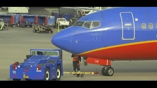 (HD) Watching Airplanes - Terminal Plane Spotting - Chicago Midway International Airport KMDW / MDW
