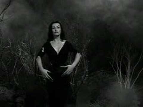 Maila Nurmi a.k.a. Vampira 1921 - 2008