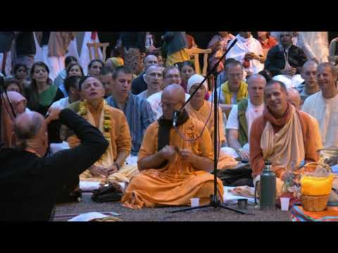 Kirtan Mela Nama Yagna with H.H. Bhakti Bringa Govinda Swami...