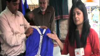 Chalo Bazaar Webisode by Urvashi Seth talking about Karol Bagh Market zone