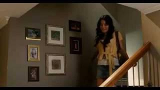 Vanessa Hudgens - Walk Away