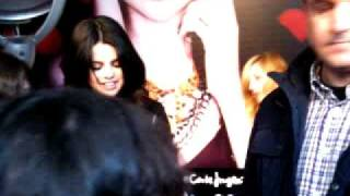 "Selena Gomez meets her fans at ""El Corte Ingles"" Part 2"