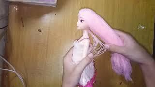 Làm tóc cho búp bê bằng len
