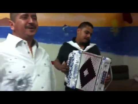 te estoy enganando con otra 3ra parte Grupo Escolta Y Miguel Gastelum En Mariscocos Culiacan
