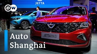 Auto Shanghai 2019: German carmakers look to expand in China | DW Business