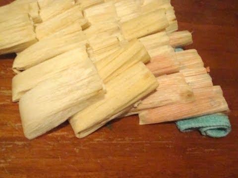 Receta para el guisado de los tamales rojos comida mexicana 2/6