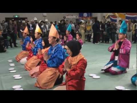 Tari Piring At Iuj Around The World 2011 video