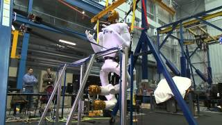 Robonaut 2 Testing Its Legs