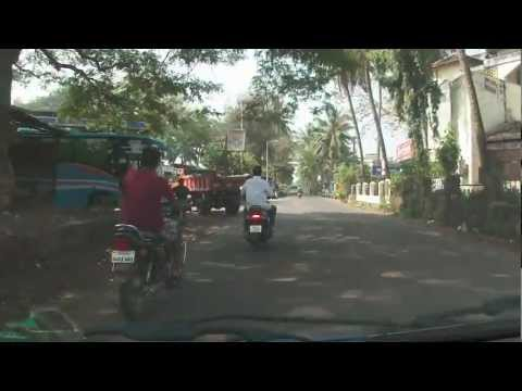 Taxi ride through Mapusa, Goa