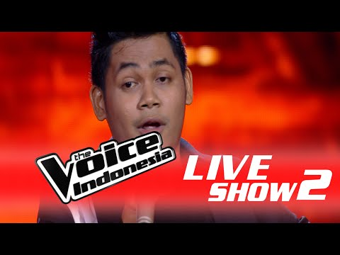 """Ario Setiawan """" Kiss From A Rose """"   Live Show 2   The Voice Indonesia 2016"""