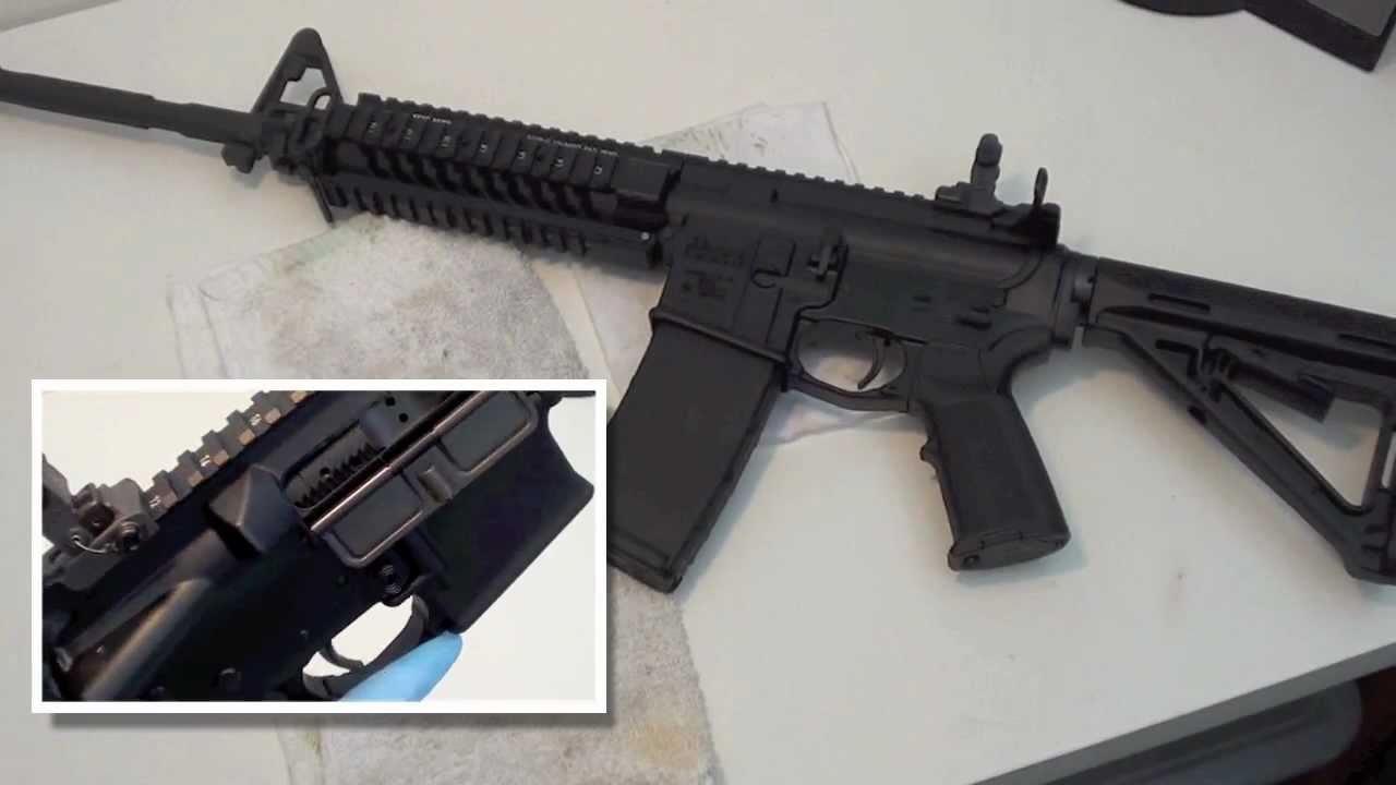 実銃 M4カービン ライフル AR-15 フィールドストリップ Part 2 - YouTube