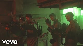 5 Seconds of Summer - Girls Talk Boys (from Ghostbusters) (Behind The Scenes)