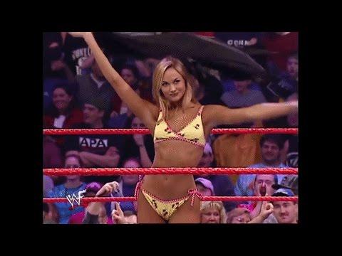 Classic Hotness: Stacy Keibler vs Torrie Wilson Bikini Match!