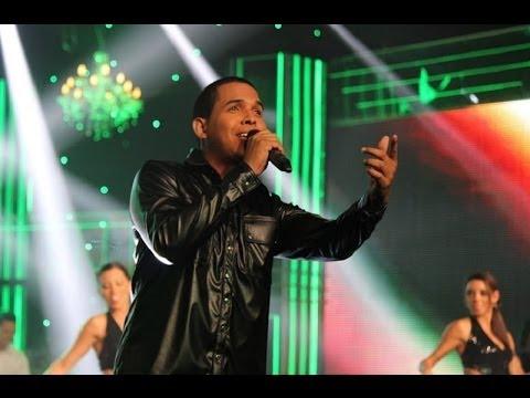 Yo Soy: Romeo Santos Dejó Un Rato La Bachata Para Cantar la Curita video