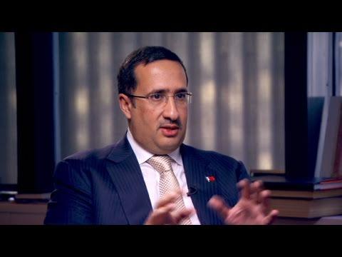 Bahrain sheikh: Economy first
