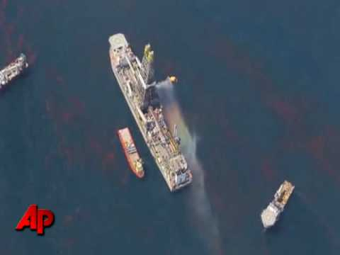 Raw Video: Flying Over the Gulf Oil Spill Site